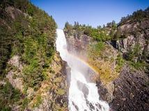 Photo de Latefossen - cascade rapide en Norvège Vue aérienne, heure d'été Images stock