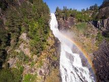 Photo de Latefossen - cascade rapide en Norvège Vue aérienne, heure d'été Photographie stock libre de droits