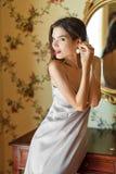 Photo de mode de boudoir d'art de belle femme photographie stock libre de droits