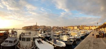 Photo de panorama de bord de mer de Rovinj Photographie stock