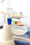 Photo de plan rapproché des outils dentaires photos stock