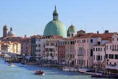 Photo de Venise avec le ciel bleu photographie stock libre de droits