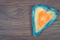 Photo de vintage, coeur de Valentine fait de pâte de sel, symbole de l'amour, l'espace de copie pour le texte Photos stock