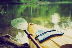 Photo de vintage de kayaking par la rivière de Krutynia en Pologne Image stock