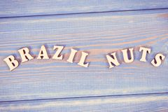 Photo de vintage, noix du brésil d'inscription sur de vieux conseils Image libre de droits