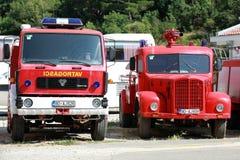 Photo des camions rouges de sapeurs-pompiers Photo libre de droits