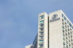 Photo du logo de Hilton sur Québec Hilton Hotel Photos libres de droits