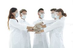 Photo en gros plan de médecins Stacking Hand With Coworkers Images libres de droits