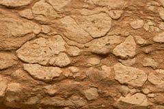 Photo en gros plan de mur en pierre antique blanc et rouge naturel image libre de droits