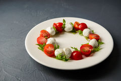 Photo en gros plan de salade caprese Images stock