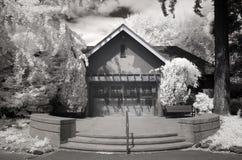 Photo infrarouge d'une construction au stationnement de Laurelhurst à Portland, ou photo stock