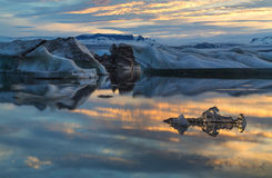 Photo midnight on the lake Jokulsarlon Stock Photography