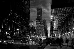 Photo noir dramatique en photo noire et blanche de New York image stock