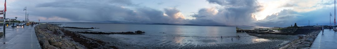 Photo panoramique de côte de Galway Images libres de droits
