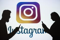 Photo sociale de réseau d'Instagram partageant en ligne Photo stock