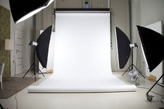 Photo studio with lighting equipment Royalty Free Stock Photos