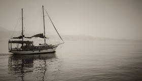 Photo tourist yachts set sail from Eilat Stock Image