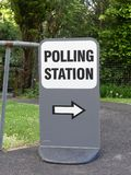 Arrow sign to UK polling station stock photography