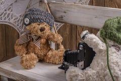 Photographe d'ours de nounours de peluche Images stock