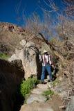 Photographe sur le journal de désert Photo stock