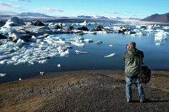 Photographer on Location - Jokulsarlon - Iceland Stock Image