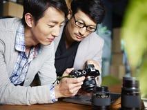 Photographes au travail Image stock