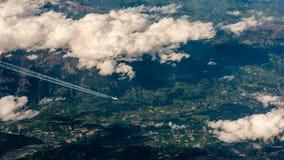 Photographie aérienne au-dessus des Alpes Images stock