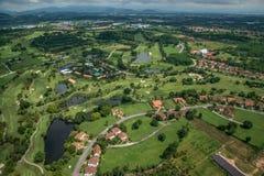 Photographie aérienne de terrain de golf Image libre de droits