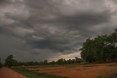 Photographie de la pluie dans la voiture photographie stock libre de droits