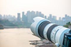 Photographie du paysage par la rivière Photos libres de droits