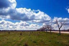 Photographie du paysage rural et du beau ciel image libre de droits