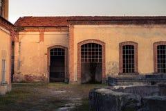 Photographie frontale du bâtiment industriel Photographie stock libre de droits