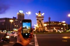 Photographie mobile sur la place d'Espana de plaza Photographie stock
