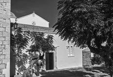 Photographie noire et blanche de l'église d'Elkomenos Christos chez Monemvasia Grèce photographie stock libre de droits