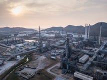 Photographies aériennes des usines de raffineries de pétrole, réservoir de gaz, réservoir de stockage de pétrole, réservoir chimi image stock