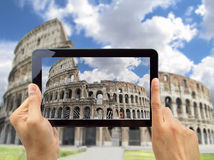 Photographing coliseo in rome Royalty Free Stock Photos