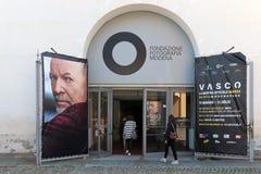 Photographische Ausstellung auf dem Leben von Vasco Rossi Stockbilder