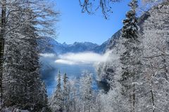 Photography of Mountain Range During Winter Royalty Free Stock Photos