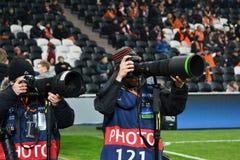 Photojournalists på den Donbass arenaen Royaltyfri Bild