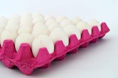 photos d'oeufs blancs de colis de 30 morceaux un Image stock