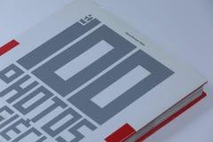 100 photos du siecle Book, vue en gros plan photo stock
