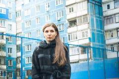 Photosession улицы девушки Стоковые Изображения
