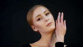 Photosession Portret młody ładny kobieta model Blondynka włosy, uzupełnia _ zbiory