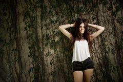 Photoshoot bonito da jovem mulher Imagens de Stock