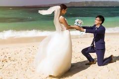 Photoshoot chinois de mariage de couples Photos libres de droits