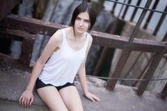 Photoshoot lindo da jovem mulher Imagem de Stock