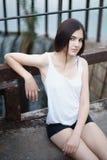 Photoshoot lindo da jovem mulher Foto de Stock Royalty Free