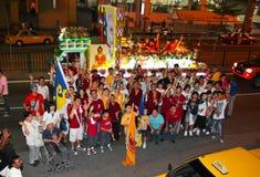 Photoshot del grupo del devoto en la procesión 2011 de Wesak fotografía de archivo