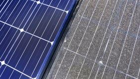 Photovoltaic czyścić, przed i po zdjęcia stock