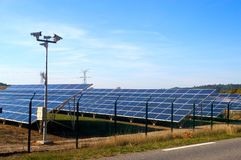 Photovoltaic elektrische centrale stock fotografie